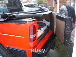 Land Rover Discovery Range Classic red pick up conv. 4x4 truck off on roader FWD