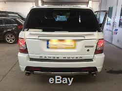 Range Rover Sport 2005-2012 Mid Level Rear Spoiler Bespoke Design Painted